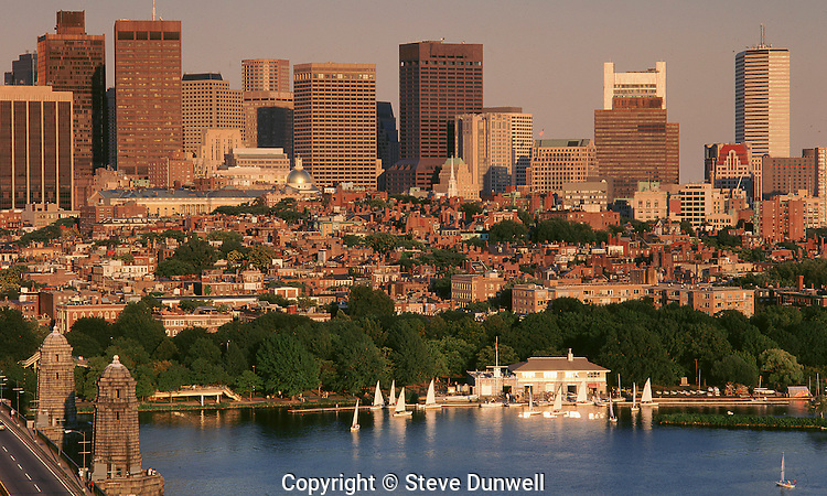 Downtown skyline from Kendall, Boston, MA