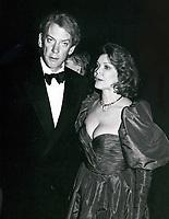 Donald Sutherland & Ellen Burstyn 1977<br /> Photo By John Barrett-PHOTOlink.net