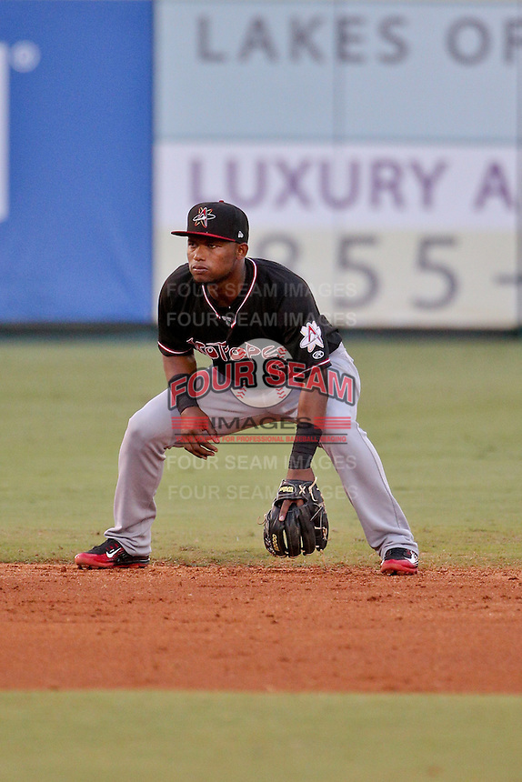Albuquerque Isotopes second baseman Angelys Nina (6) against the New Orleans Zephyrs in a game at Zephyr Field on May 28, 2015 in Metairie, Louisiana. (Derick E. Hingle/Four Seam Images)