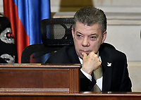 BOGOTÁ -COLOMBIA. 20-07-2017: Juan Manuel Santos, presidente de Colombia, durante la ceremonia de instalación de la legislatura 2017 2018 del Congreso de la República de Colombia realizado hoy, 20 de julio de 2017, en el salón Elíptico del Capitolio Nacional de Colombia en la ciudad de Bogotá. / Juan Manuel Santos, president of Colombia, the ceremony of installation of the Legistature 2017 2018 of the Congress of the Republic of Colombia made today, July 20 2017, at Ellipptical room of the National Capitol of Colombia in Bogota city. Photo: VizzorImage/ Gabriel Aponte / Staff
