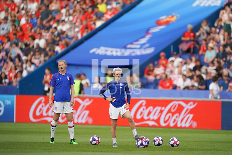 PARIS, FRANCE - JUNE 28: Samantha Mewis #3, Megan Rapinoe #15 prior to a 2019 FIFA Women's World Cup France quarter-final match between France and the United States at Parc des Princes on June 28, 2019 in Paris, France.