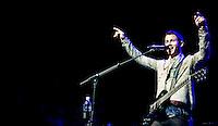 SAO PAULO, SP, 10 DE MARCO 2013 - SHOW JONAS BROTHERS - SAO PAULO - Apresentação da banda Jonas Brothers na noite deste domingo no Credicard Hall regiao sul da cidade de Sao Paulo. FOTO: VANESSA CARVALHO - BRAZIL PHOTO PRESS.