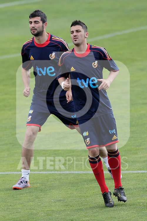 MADRID (25/05/09).- The Spanish Soccer national training session.  David Villa and Raul Albiol...PHOTO: Cesar Cebolla / ALFAQUI