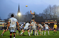 David Denton of Bath Rugby rises high to win lineout ball. Aviva Premiership match, between Bath Rugby and Worcester Warriors on December 27, 2015 at the Recreation Ground in Bath, England. Photo by: Patrick Khachfe / Onside Images