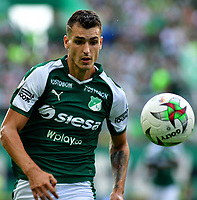 PALMIRA-COLOMBIA, 03-03-2019: Juan Ignacio Dinenno, jugador de Deportivo Cali, en acción durante partido de la fecha 8 entre Deportivo Cali y Millonarios, por la Liga Aguila I 2019, jugado en el estadio Deportivo Cali (Palmaseca) en la ciudad de Palmira. / Juan Ignacio Dinenno player of Deportivo Cali, in action during a match of the 8th date between Deportivo Cali and Millonarios, for the Liga Aguila I 2019, at the Deportivo Cali (Palmaseca) stadium in Palmira city. Photo: VizzorImage  / Nelson Ríos / Cont.