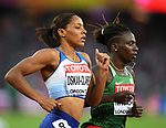 Shelayna OSKAN-CLARKE (GBR) and Francine NIYONSABA (BDI) in the womens 800m semi-final. IAAF world athletics championships. London Olympic stadium. Queen Elizabeth Olympic park. Stratford. London. UK. 11/08/2017. ~ MANDATORY CREDIT Garry Bowden/SIPPA - NO UNAUTHORISED USE - +44 7837 394578