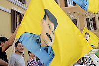 Roma 21 dettembre 2012.Piazza Montecitorio.Manifestazione della comunità curda per la pace in Kurdistan e la liberazione di Abdullah Ocalan. Raccolta firme per la campagna Free Ocalan