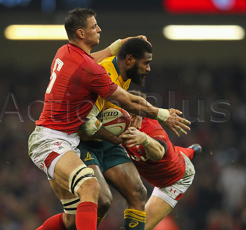 11th November 2017, Principality Stadium, Cardiff, Wales; Autumn International Series, Wales versus Australia; Marika Koroibete of Australia is tackled by Aaron Shingler of Wales