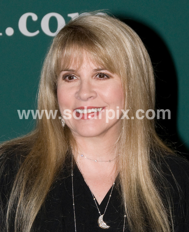 "**ALL ROUND PICTURES FROM SOLARPIX.COM**.**SYNDICATION RIGHTS FOR UK, AUSTRALIA, DENMARK, PORTUGAL, S. AFRICA, SPAIN & DUBAI (U.A.E) ONLY**.Stevie Nicks Promotes ""Live in Chicago"" and ""The Soundstage Sessions"" at Barnes & Noble Union Square, New York City, USA. 31 March 2009..This pic: Stevie Nicks..JOB REF: 8757 PHZ (Mayer)  DATE: 31_03_2009.**MUST CREDIT SOLARPIX.COM OR DOUBLE FEE WILL BE CHARGED**.**ONLINE USAGE FEE GBP 50.00 PER PICTURE - NOTIFICATION OF USAGE TO PHOTO @ SOLARPIX.COM**.**CALL SOLARPIX : +34 952 811 768 or LOW RATE FROM UK 0844 617 7637**"