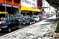 SAO PAULO, SP, 10 SETEMBRO 2012 - Transito em Sao Paulo apos Feriado prolongado, regiao rua da Consolacao regiao central da capital paulista, nesta segunda-feira, 10. FOTO: POLINE LYS - BRAZIL PHOTO PRESS