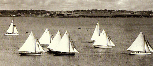 Cork Harbour One Designs start from Crosshaven in their Ocean Race of 1947