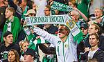Stockholm 2014-09-21 Fotboll Superettan Hammarby IF - Syrianska FC :  <br /> Hammarbysupporter med en halsduk med texten &quot;F&ouml;r evigt trogen&quot;<br /> (Foto: Kenta J&ouml;nsson) Nyckelord:  Superettan Tele2 Arena Hammarby HIF Bajen Syrianska FC SFC supporter fans publik supporters