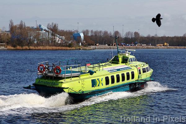 Fast Flying Ferry van Amsterdam naar IJmuiden