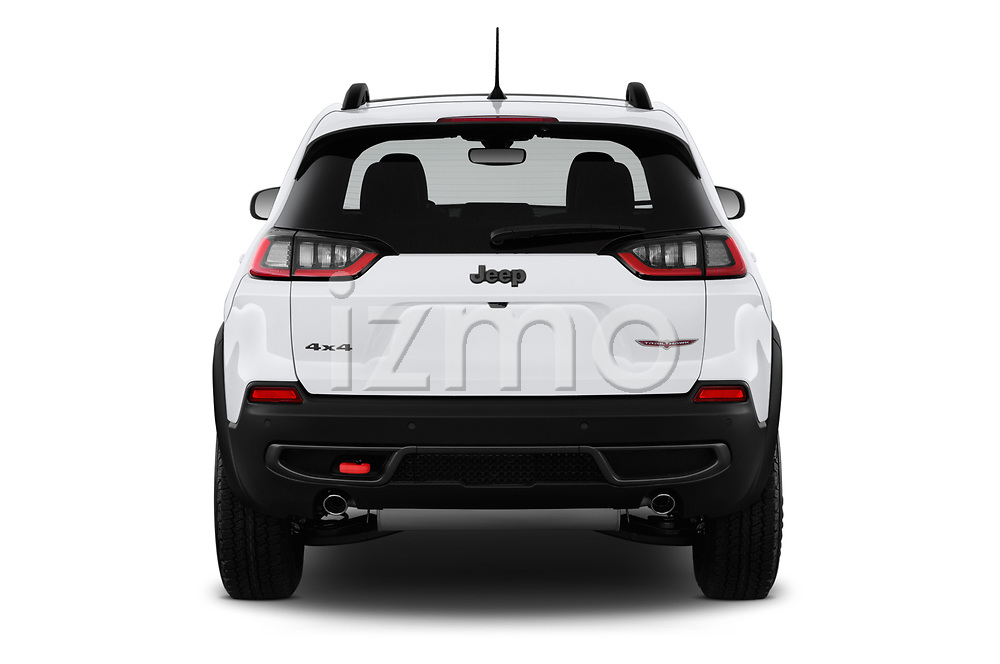 Straight rear view of a 2019 Jeep Cherokee Trailhawk 5 Door SUV stock images