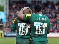 Matthew Tait is congratulated by Manu Tuilagi on his try. Aviva Premiership semi final, between Leicester Tigers and Harlequins on May 11, 2013 at Welford Road in Leicester, England. Photo by: Patrick Khachfe / Onside Images