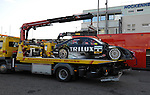 der durch den Unfall beschaedigte Wagen von Ralf Schumacher ( GER ), Trilux AMG Mercedes Mercedes-Benz, Trilux AMG Mercedes C-Klasse (2009) auf dem Abschleppwagen                                                                                            Foto © nph (  nordphoto  )