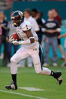 29 November 2008:  FIU wide receiver Marquis Rolle (1) returns a kick-off in the FAU 57-50 overtime victory over FIU in the annual Shula Bowl at Dolphin Stadium in Miami, Florida.