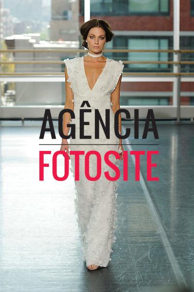 Nova Iorque, EUA &ndash; 10/2013 - Desfile de Rivini durante a Semana de Moda Noiva - Inverno 2014. <br /> Foto: FOTOSITE