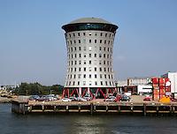 Kantoor van Mammoet in de haven van  Rotterdam.