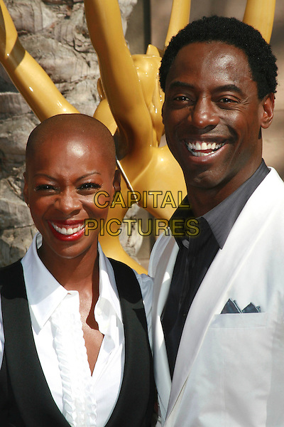 JENIS MARIE WASHINGTON & ISAIAH WASHINGTON.2006 Creative Arts Emmy Awards held at the Shrine Auditorium, Los Angeles, California, USA..August 19th, 2006.Ref: ADM/CH.headshot portrait wife married husband.www.capitalpictures.com.sales@capitalpictures.com.©Charles Harris/AdMedia/Capital Pictures