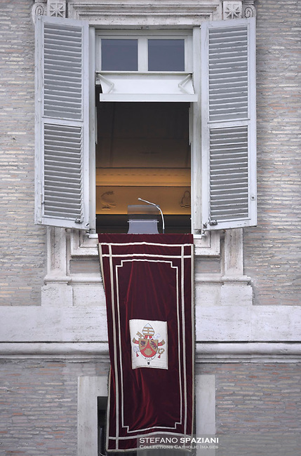 The last Angelus of Pope Benedict XVI, Pope Benedict XVI leads the Angelus prayer from the window of his appartmnents on February 24, 2013 at the Vatican.