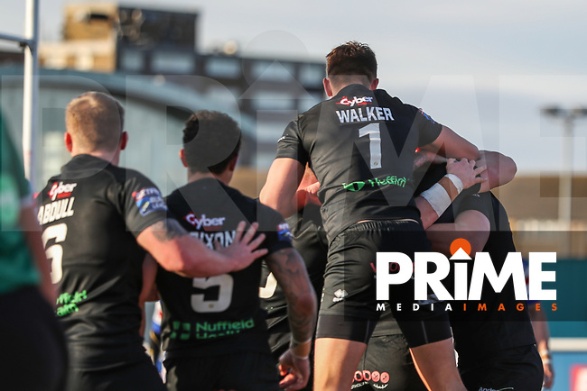 Matt FLEMING of London Broncos celebrates with team mates after scoring a try during the Betfred Super League match between London Broncos and Wakefield Trinity at Castle Bar , West Ealing , England on 3 February 2019. Photo by David Horn.