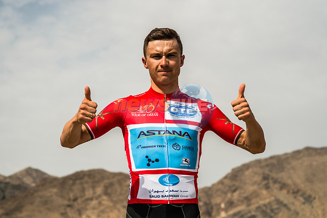 Race leader Alexey Lutsenko (KAZ) Astana Pro Team before the start of Stage 4 of 10th Tour of Oman 2019, running 131km from Yiti (Al Sifah) to Oman Convention and Exhibition Centre, Oman. 19th February 2019.<br /> Picture: ASO/Kåre Dehlie Thorstad | Cyclefile<br /> All photos usage must carry mandatory copyright credit (© Cyclefile | ASO/Kåre Dehlie Thorstad)