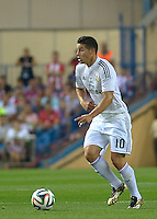 MADRID - ESPAÑA - 22-08-2014: James Rodriguez, jugador de Real Madrid durante partido de vuelta de la Super Copa de España, Atletico de Madrid  y Real Madrid, en el estadio Vicente Calderon de la ciudad de Madrid, España. / James Rodriguez, player of Real Madrid during a match for the second leg, between Atletico de Madrid  y Real Madrid of the Super Copa de España in the Vicente Calderon stadium in Madrid, Spain  Photo: Asnerp / Patricio Realpe / VizzorImage.