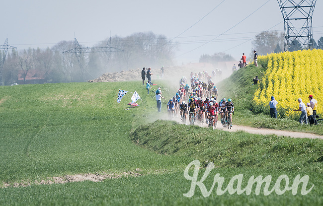 approaching dust cloud<br /> <br /> 115th Paris-Roubaix 2017 (1.UWT)<br /> One Day Race: Compi&egrave;gne &rsaquo; Roubaix (257km)