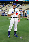 LOS ANGELES, CA. - September 02: Jim Thome of the Los Angeles Dodgers  before the game Dodgers vs. the Arizona Diamondbacks at Dodger Stadium in Los Angeles, California on September 2, 2009.