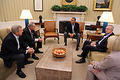President Barack Obama meets in the Oval Office with Senate Democratic leaders in Washington, Saturday, Oct. 12, 2013. From left are Dick Durbin (D-IL), Chuck Schumer (D-NY), the president, Harry Reid (D-NV), and Patty Murray (D-WA).United States President Barack Obama meets in the Oval Office with Senate Democratic Leaders in Washington, D.C. Saturday, October 12, 2013. Clockwise from left are U.S. Senator Dick Durbin (Democrat of Illinois), U.S. Senator Chuck Schumer (Democrat of New York), the President, U.S. Senate Majority Leader Harry Reid (Democrat of Nevada), and U.S. Senator Patty Murray (Democrat of Washington).<br /> Credit: Martin Simon / Pool via CNP
