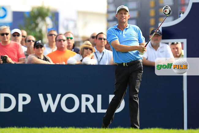 Anders Hansen (DEN) tees off the 1st tee during Saturday's Round 3 of the season ending DP World Tour Championship 2012 held on the Earth Course at the Jumeirah Golf Estates,Dubai. 24th November 2012 (Photo Eoin Clarke/www.golffile.ie)