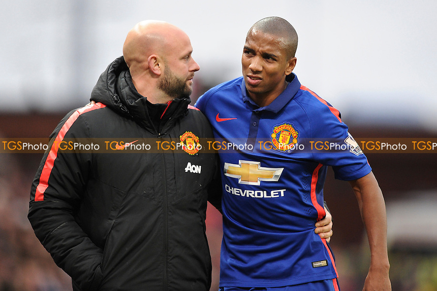 Ashley Young of Manchester United goes off injured - Stoke City vs Manchester United - Barclays Premier League Football at the Britannia Stadium, Stoke-on-Trent - 01/01/15 - MANDATORY CREDIT: Greig Bertram/TGSPHOTO - Self billing applies where appropriate - contact@tgsphoto.co.uk - NO UNPAID USE