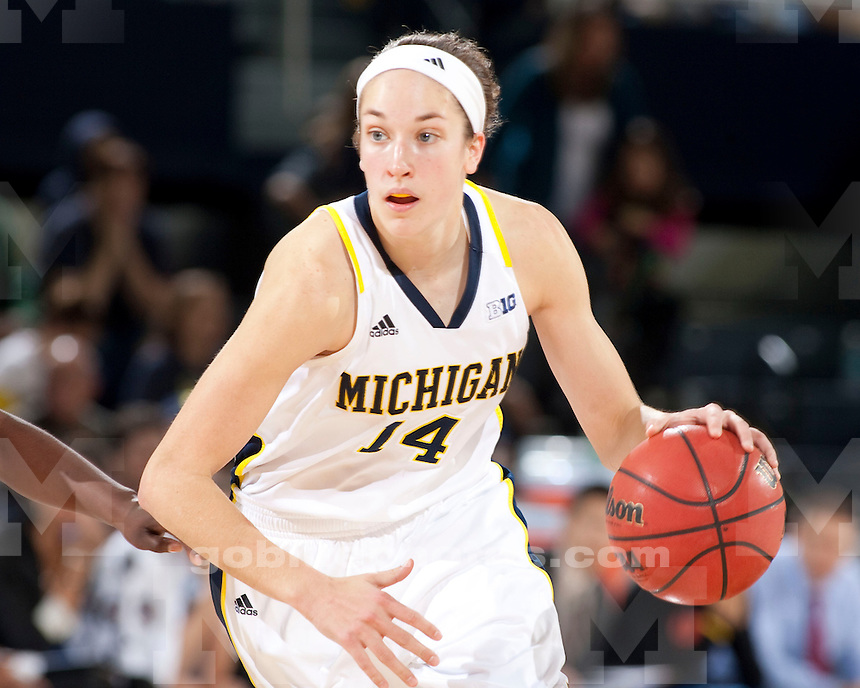 The University of Michigan women's basketball team beat Florida, 59-52, Crisler Center in Ann Arbor, Mich., on December 1, 2012.