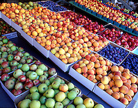 V00140M.tif   Rows of fruit for sale at Deterings Orchard, Oregon