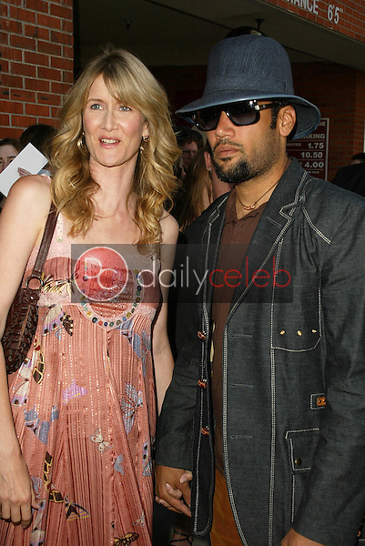 Laura Dern and Ben Harper<br /> at the Los Angeles Premiere of &quot;Happy Endings&quot; at Mann National Theater, Westwood, CA 06-26-05<br /> David Edwards/DailyCeleb.Com 818-249-4998