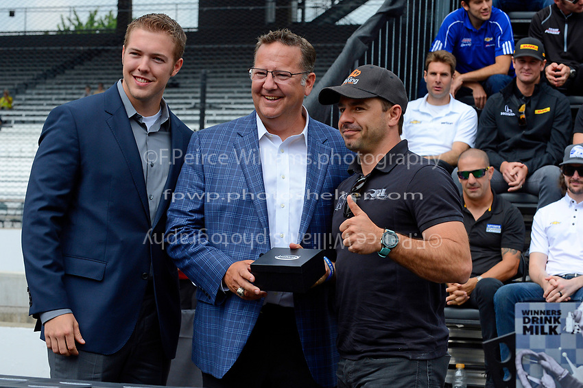 Verizon IndyCar Series<br /> Indianapolis 500 Drivers Meeting<br /> Indianapolis Motor Speedway, Indianapolis, IN USA<br /> Saturday 27 May 2017<br /> Starter's ring presentation: Oriol Servia, Rahal Letterman Lanigan Racing Honda<br /> World Copyright: F. Peirce Williams