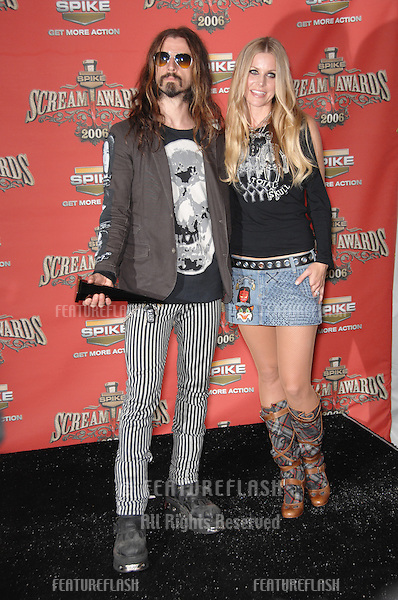 ROB ZOMBIE & wife SHERI MOON ZOMBIE at the Spike TV Scream Awards 2006 at the Pantages Theatre, Hollywood..October 7, 2006  Los Angeles, CA.Picture: Paul Smith / Featureflash