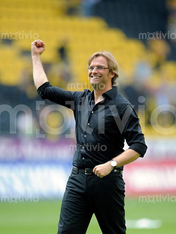 Fussball    1. Bundesliga    Saison 2008/2009    29. Spieltag     Borussia Dortmund - Hamburger SV        25.04.2009  Juergen KLOPP (Dortmund) jubelt nach dem Sieg gegen Hamburg.