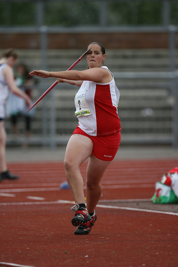 Photo: Rich Eaton...Schools International Athletic Board, Track & Field International Match, Newport. 21/07/2007. Sadie Watts of England competes in the girls javelin.