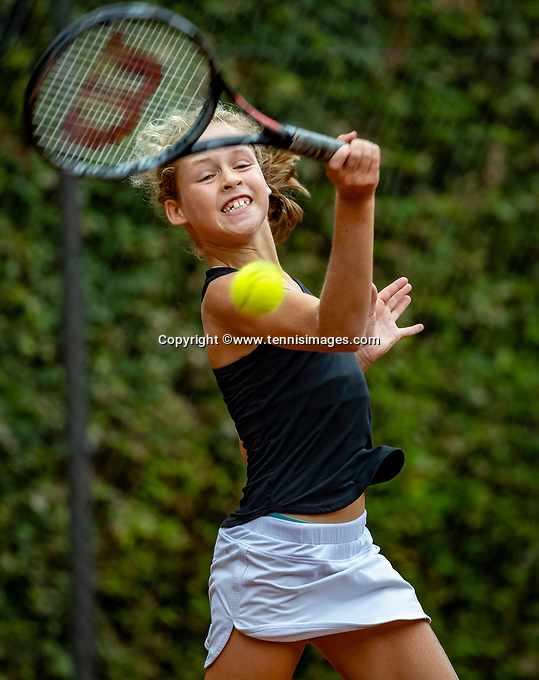 Hilversum, Netherlands, August 8, 2018, National Junior Championships, NJK, Emily Schut (NED)<br /> Photo: Tennisimages/Henk Koster