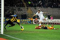 """Il gol di Lorik Cana Lazio 1-2.Goal celebration.Lecce 10/12/2011 Stadio """"Via del MAre"""".Football Calcio Serie A 2011/2012.Lecce Vs Lazio.Foto Insidefoto ."""