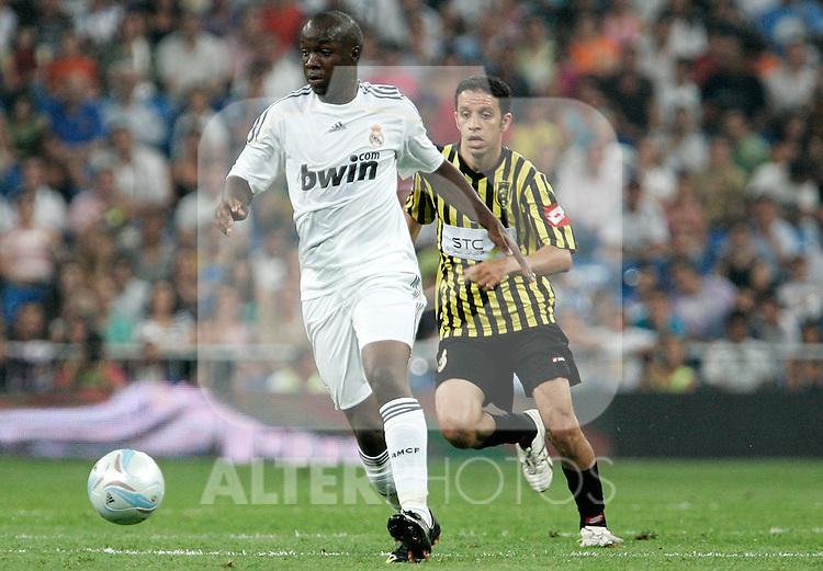 Real Madrid's Lass Diarra during friendly match. July 26, 2009. (ALTERPHOTOS/Alvaro Hernandez).