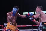 Oscar Valdez Retuvo su titulo de la OMB al vencer a Miguel Marriaga por decisión  Unánime