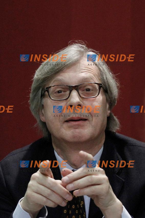 """Vittorio Sgarbi.Roma 01/02/2012 Presentazione del libro """"Le mie mani pulite"""".Foto Insidefoto Serena Cremaschi"""