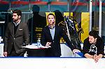 Stockholm 2015-09-30 Ishockey Hockeyallsvenskan AIK - Leksands IF :  <br /> Cmore expert Mike Helberg ( t h ) bredvid programledare Bj&ouml;rn Old&eacute;en ( t v ) i TV-studion under matchen mellan AIK och Leksands IF <br /> (Foto: Kenta J&ouml;nsson) Nyckelord:  AIK Gnaget Hockeyallsvenskan Allsvenskan Hovet Johanneshov Isstadion Leksand LIF TV TV-k&auml;ndis TV-profil k&auml;ndis profil