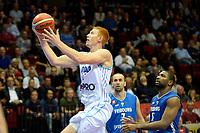 GRONINGEN - Basketbal, Donar - Fribourg, tweede voorronde Champions League, seizoen 2018-2019, 25-09-2018,  Donar speler Jobi Wall op weg naar score