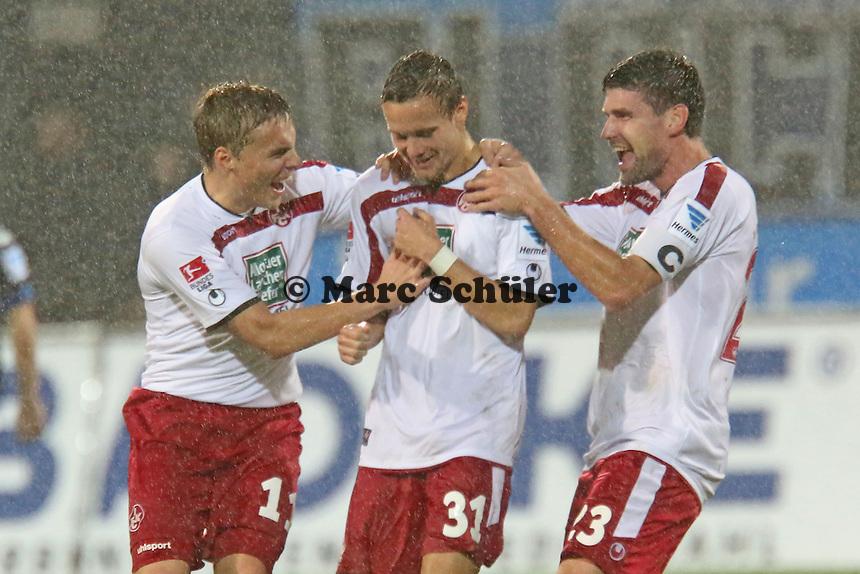 Chris Löwe (FCK) erzielt das 0:2 per Freistoss und jubelt - FSV Frankfurt vs. 1. FC Kaiserslautern, Frankfurter Volksbank Stadion