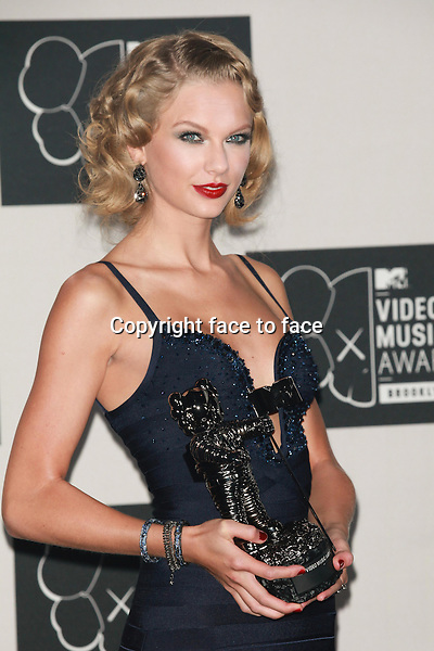 Taylor Swift in the pressroom at the 2013 MTV Video Music Awards at the Barclays Center in New York, 25.08.2013.<br /> Credit: MediaPunch/face to face<br /> - Germany, Austria, Switzerland, Eastern Europe, Australia, UK, USA, Taiwan, Singapore, China, Malaysia, Thailand, Sweden, Estonia, Latvia and Lithuania rights only -