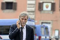 Roma, 29 settembre 2015<br /> Graziano Delrio in Piazza Colonna al termine del Consiglio dei Ministri